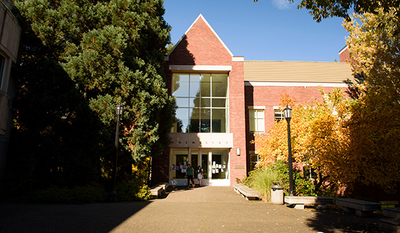 Reed College | Facilities Services | Chemistry Building