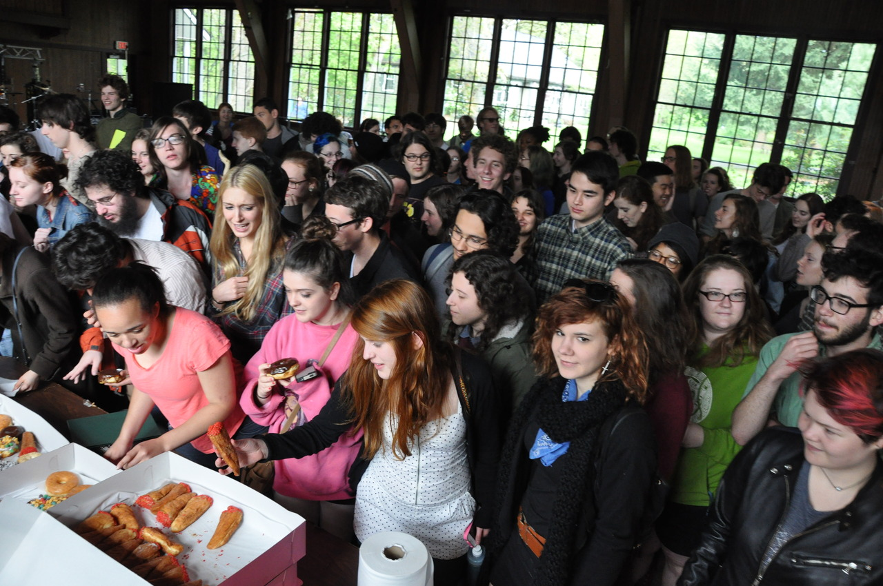 Reed students celebrate 4/20 with doughnuts.